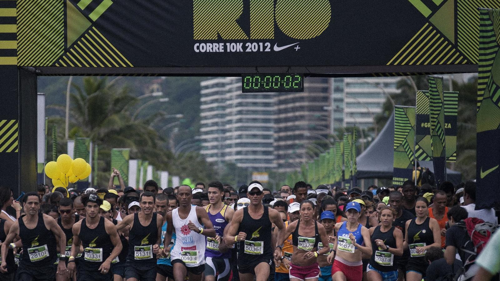 We_Run_Rio_10K-staring_line