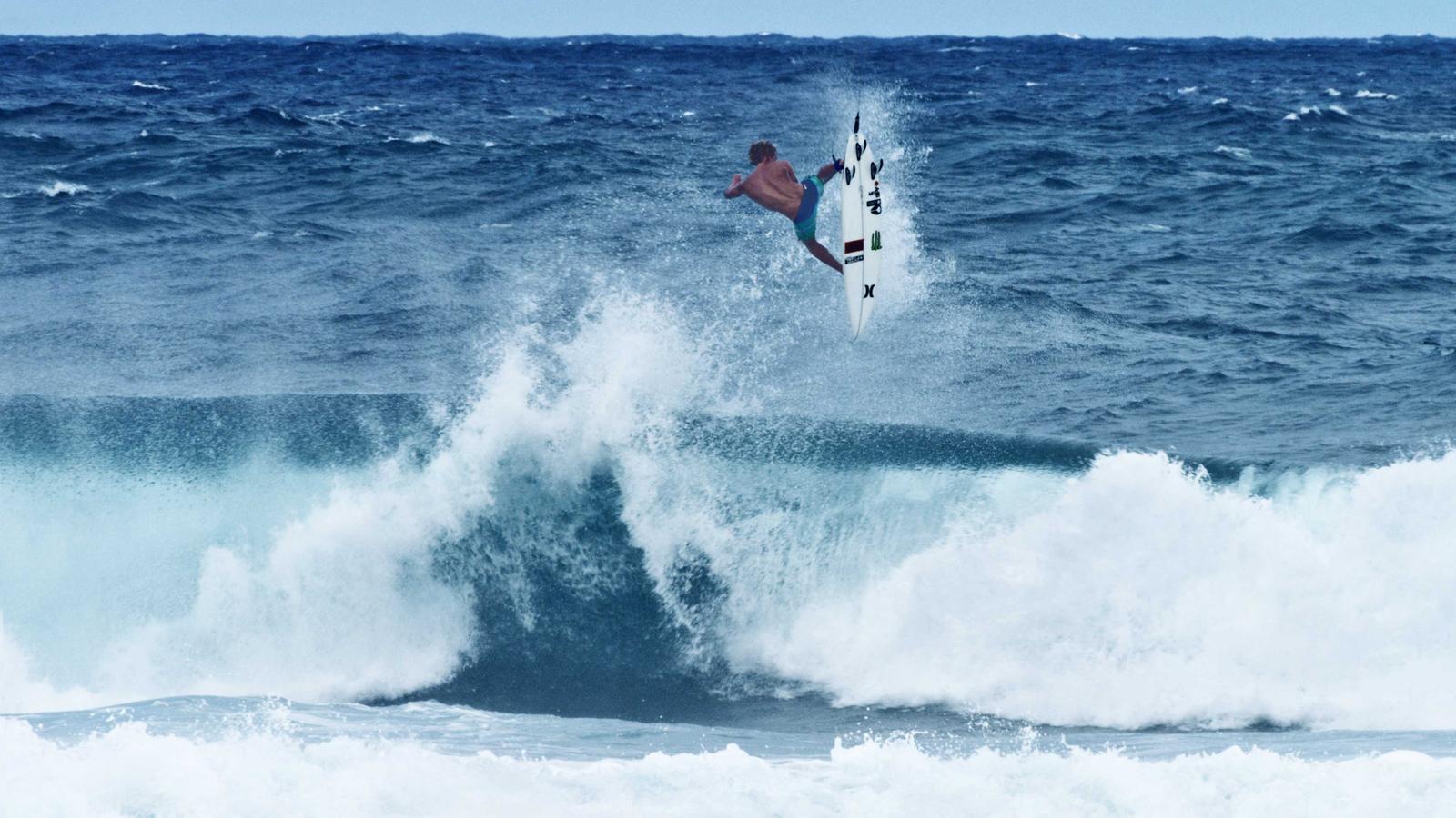 Contador Viajero obra maestra  Hurley signs surf phenom John John Florence - Nike News