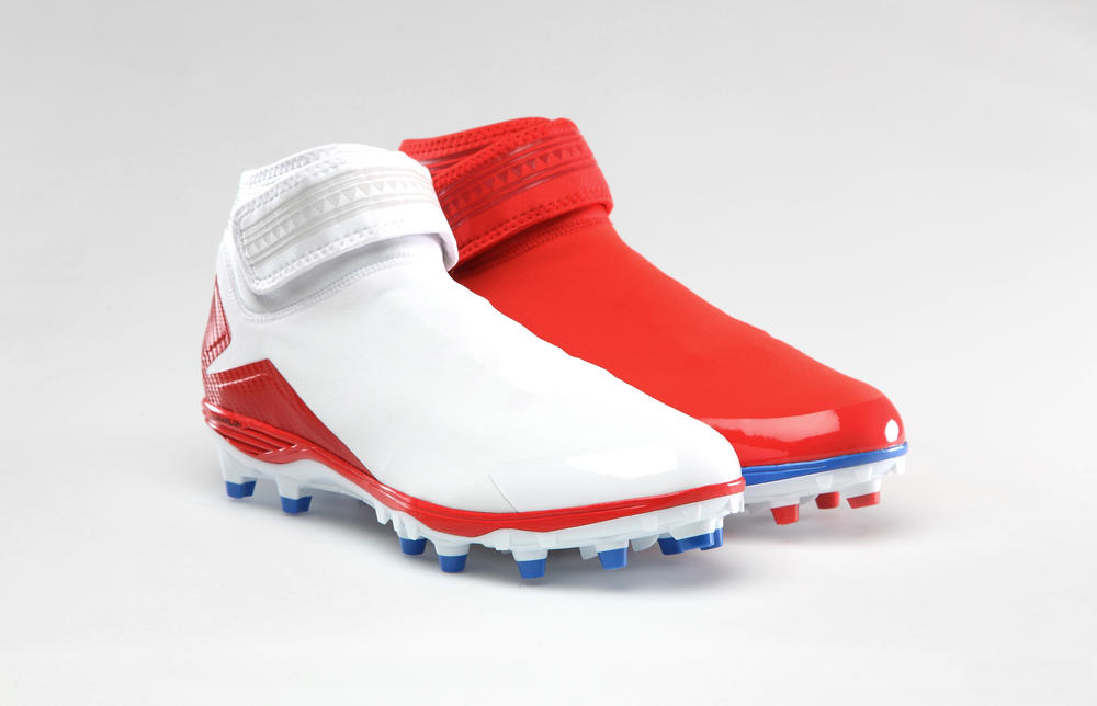 Andre Johnson to debut AJXX8- inspired Dominate Pro TD cleat in Hawaii this weekend