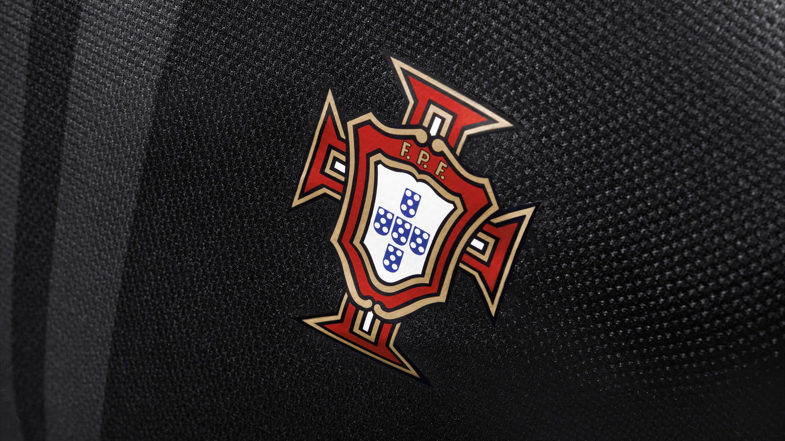 Nike_Football_Portugal_Away_Jersey_(3)
