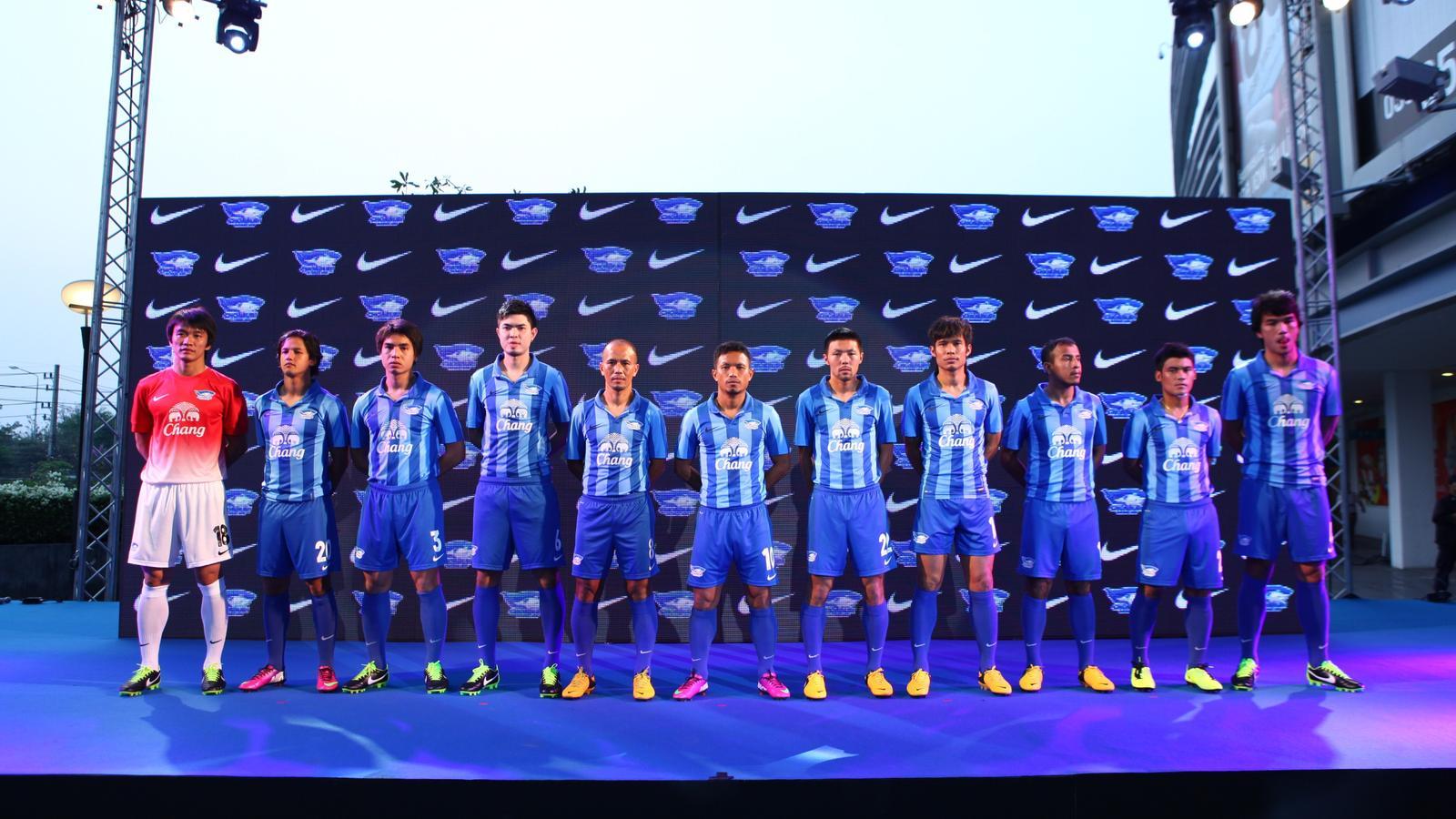 Chonburi FC Club Kits 2013/2014