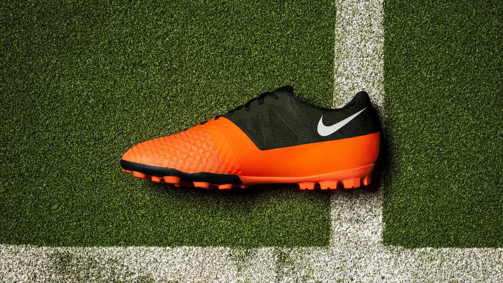 Nike Bomba Finale II Medial