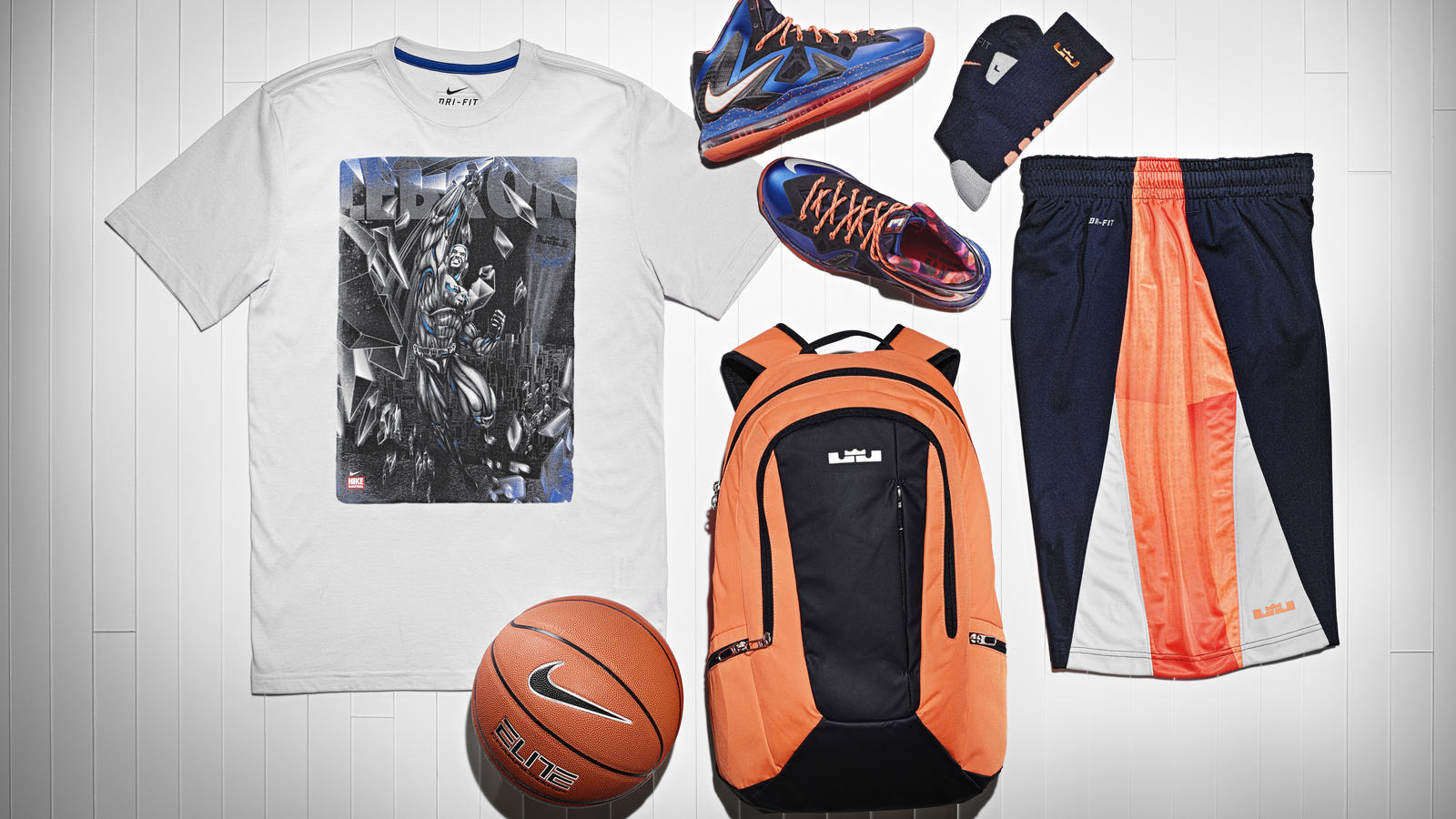 13-190_nike_lebron_gear_up_group-01