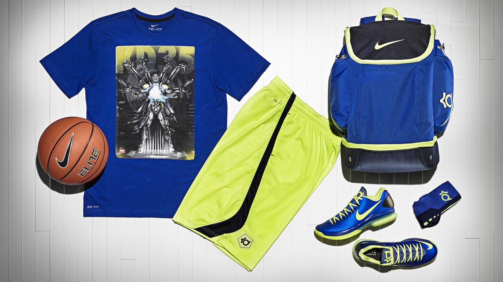 13-190_nike_kd_gear_up_group-01