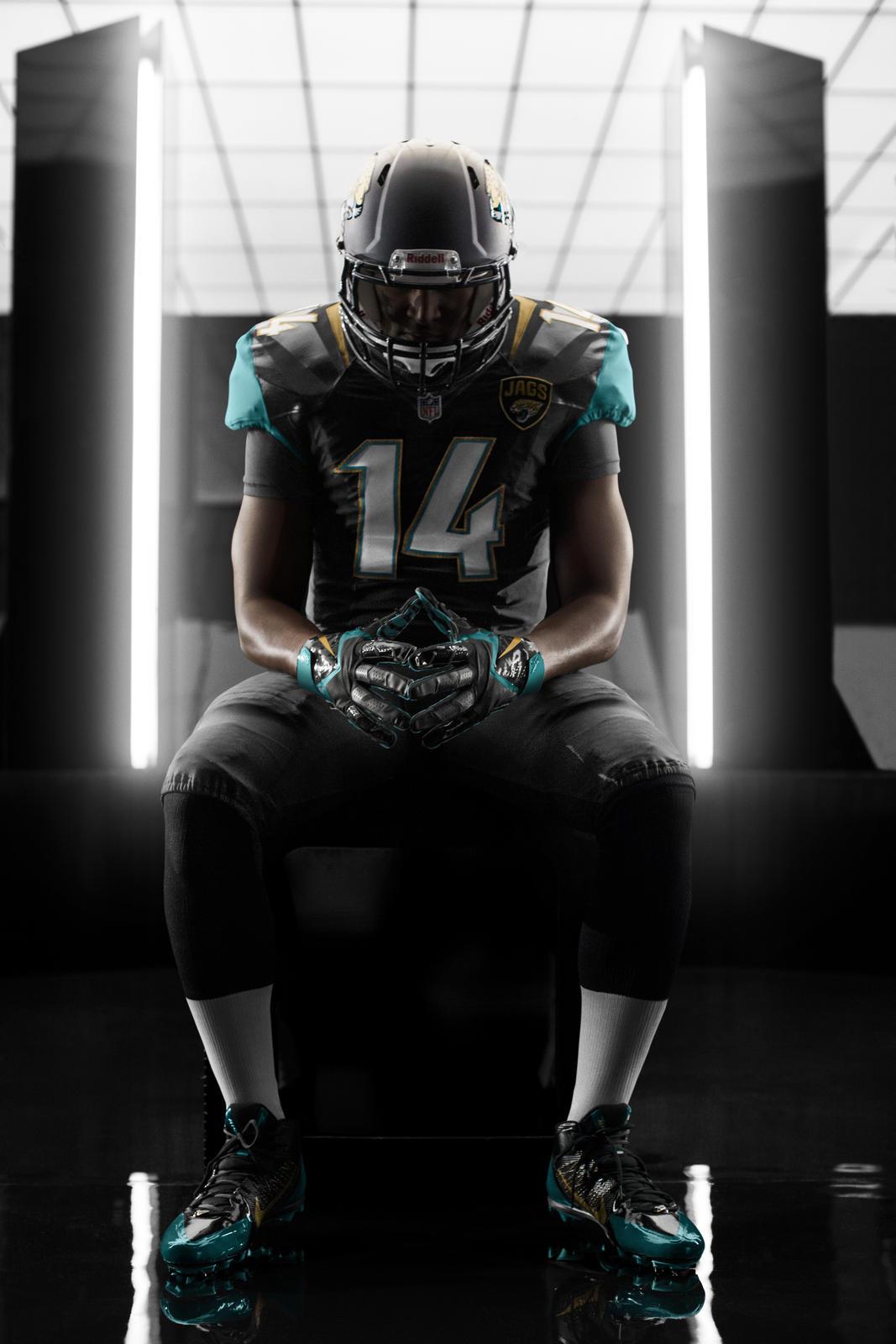 Jaguars New Helmet 2013 Jacksonville Ja...