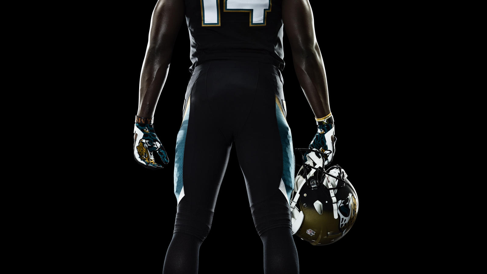 jaguars-blackmon-nfl-nike-elite-51-uniform-full-body-back