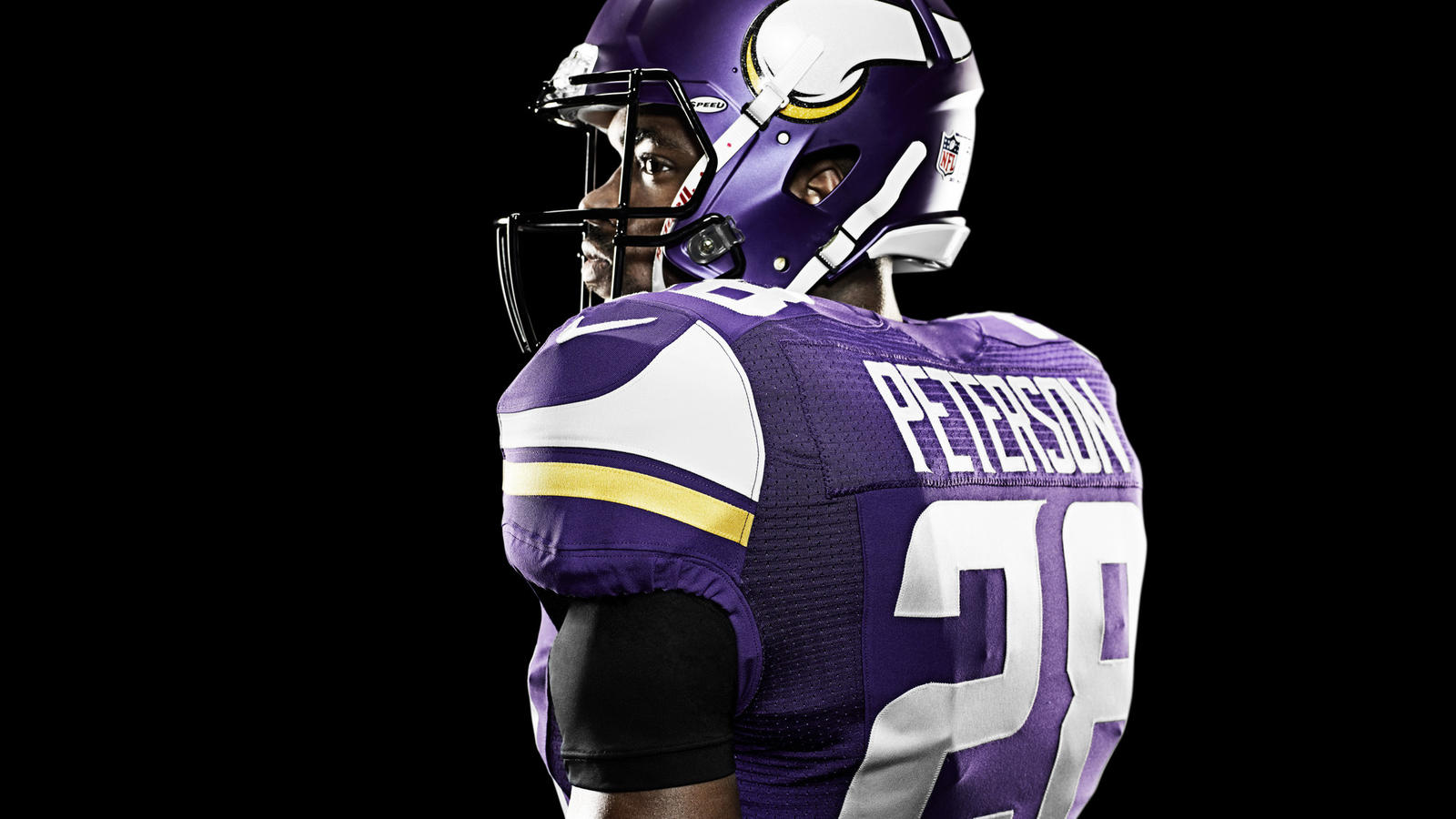 peterson-vikings-nfl-nike-elite-51-uniform-side