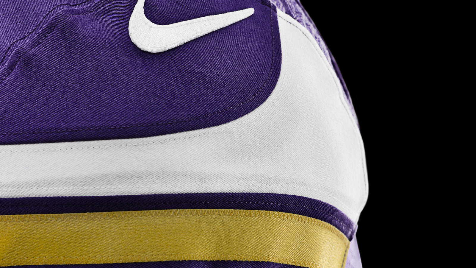 vikings-nfl-nike-elite-51-uniform-shoulder-detail
