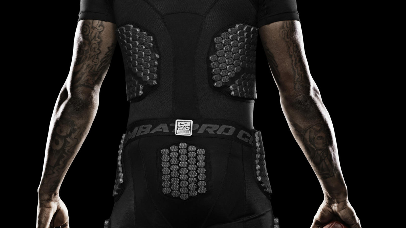 wallace-miami-nike-pro-combat-hyperstrong-baselayer-2