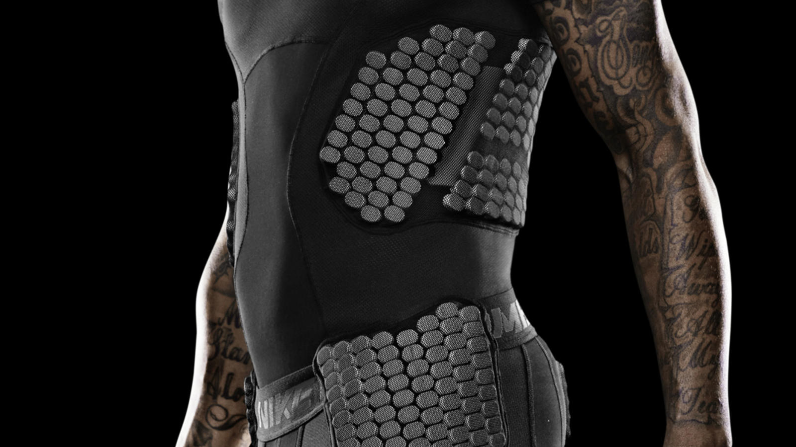 wallace-miami-nike-pro-combat-hyperstrong-baselayer-3
