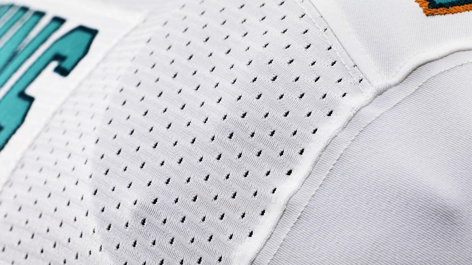 miami-nike-elite-51-uniform-zoned-mesh-ventilation