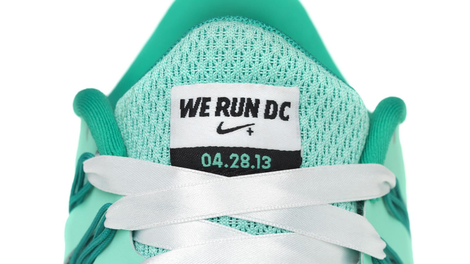 nike_werundclimitedcollection_free_run_detail