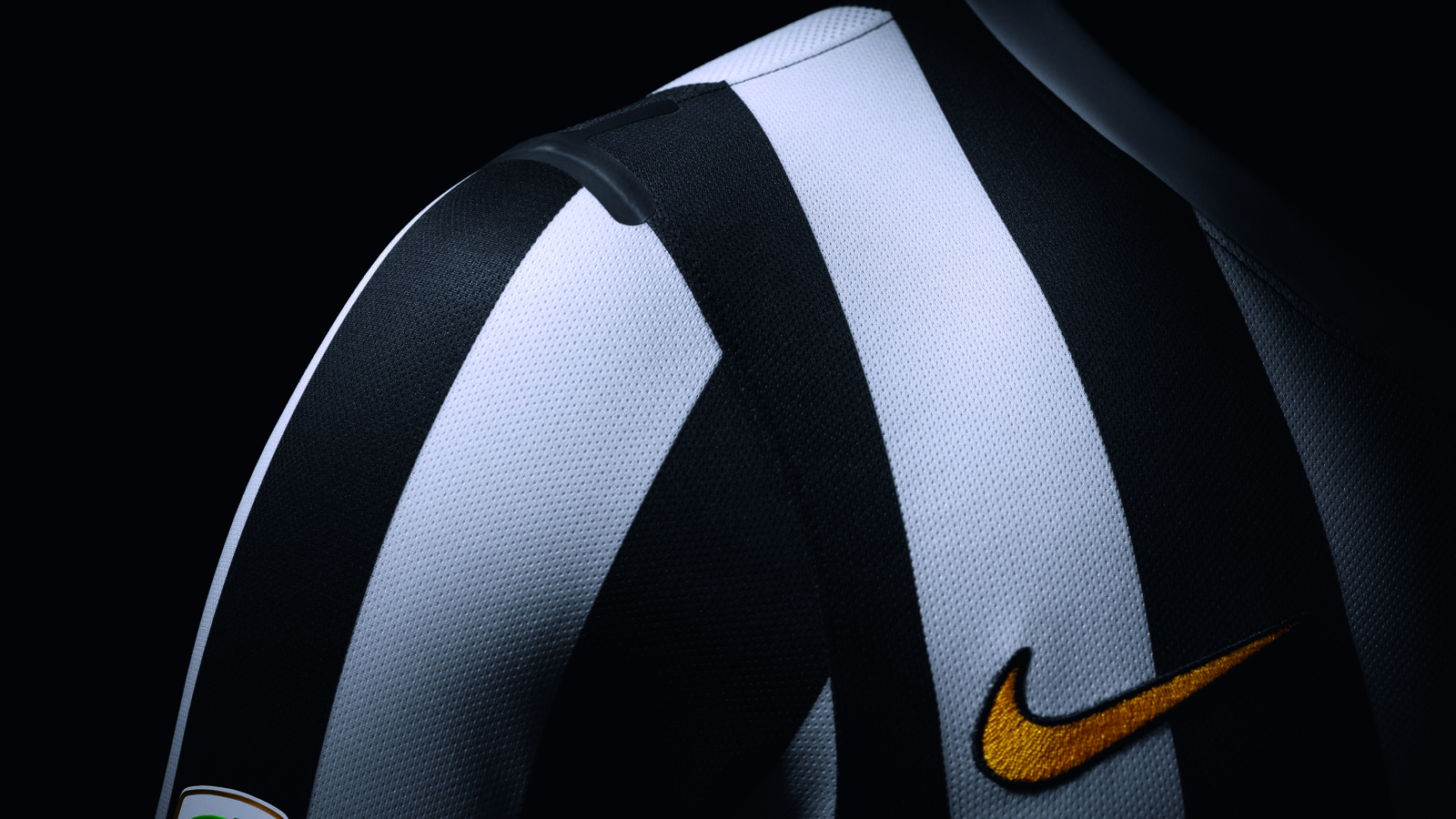 New Juventus Home Kit By Nike Features Tailored Fit 1980s Aesthetic Nike News