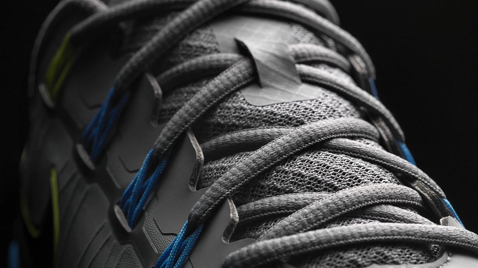Nike TW14 Cool Grey lacing