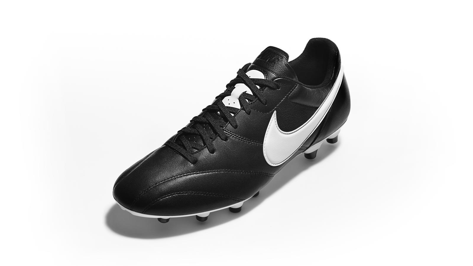 The Nike Premier 3/4