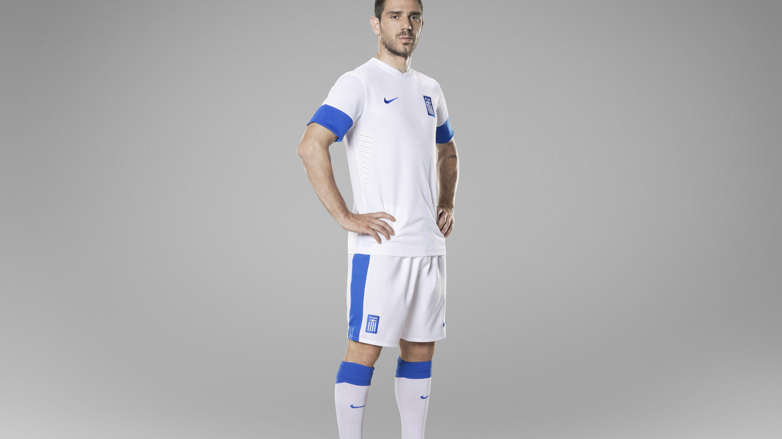 super popular 63d83 b0916 Greek national team head to the pitch in new Nike kit - Nike ...