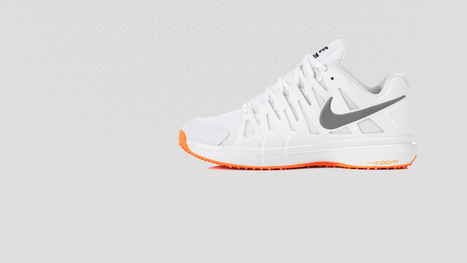 b1f6e1f05a4d Roger Federer Pushes Boundaries in New NIKE ZOOM VAPOR 9 TOUR LE ...