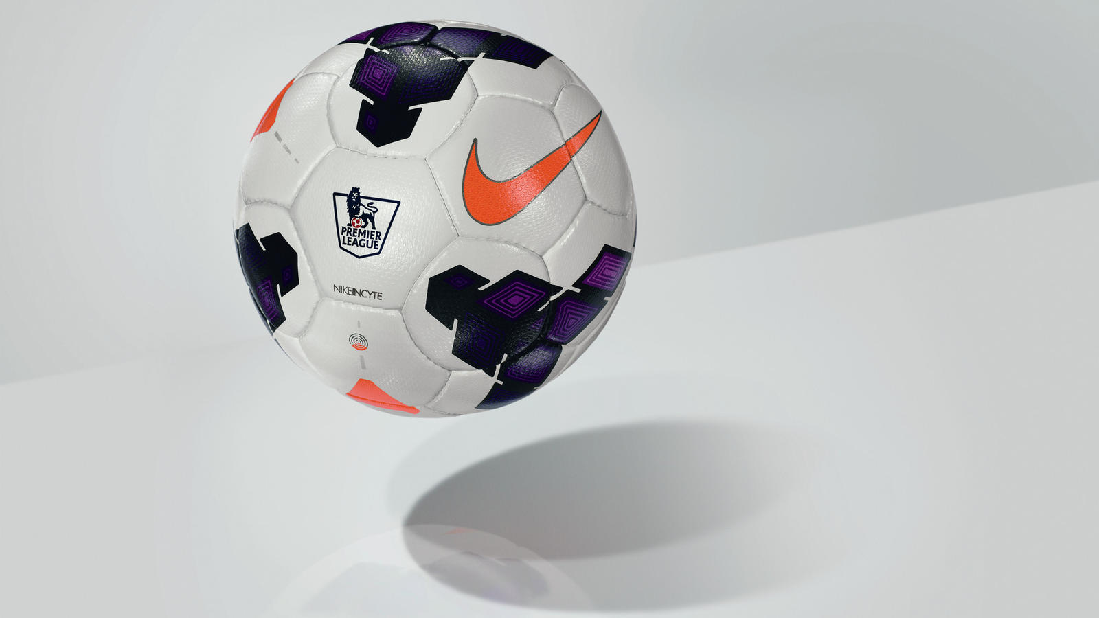 fa13_fb_incyte_incyte_premier_league_ball_c