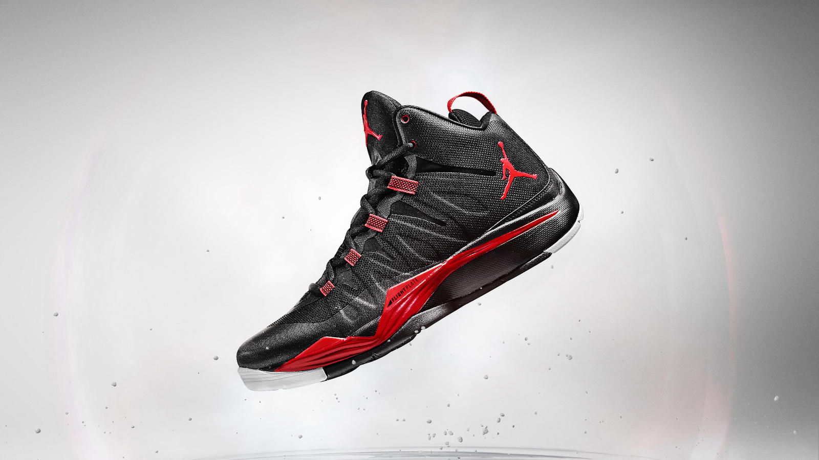 jordan_superfly2_black_hero_v2