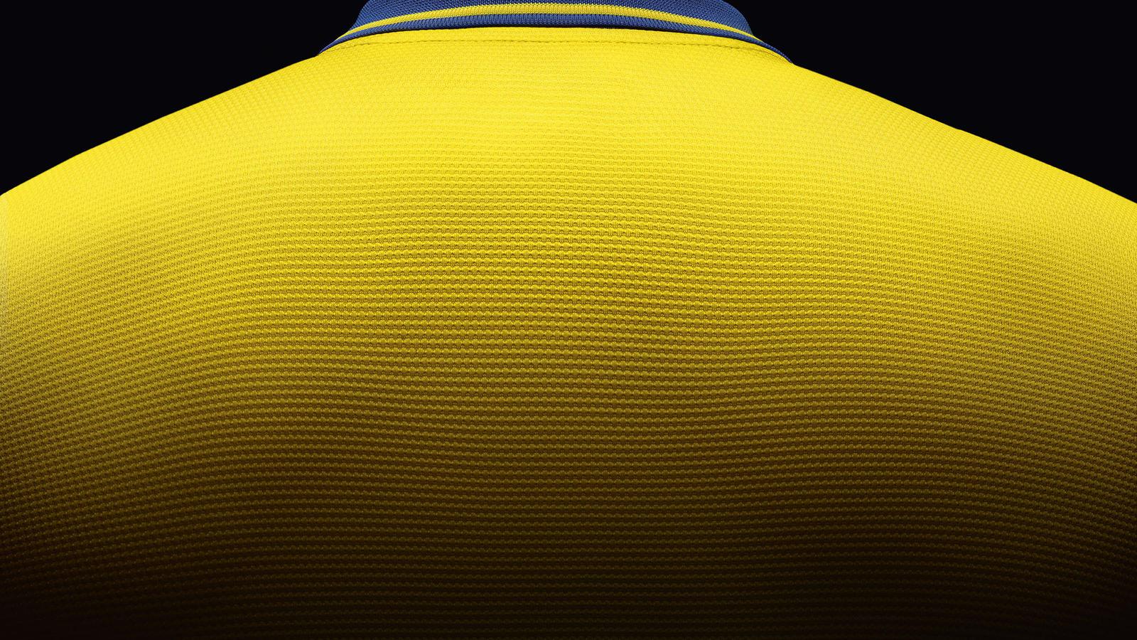 Arsenal Away Shirt 2013-14 Back Neck