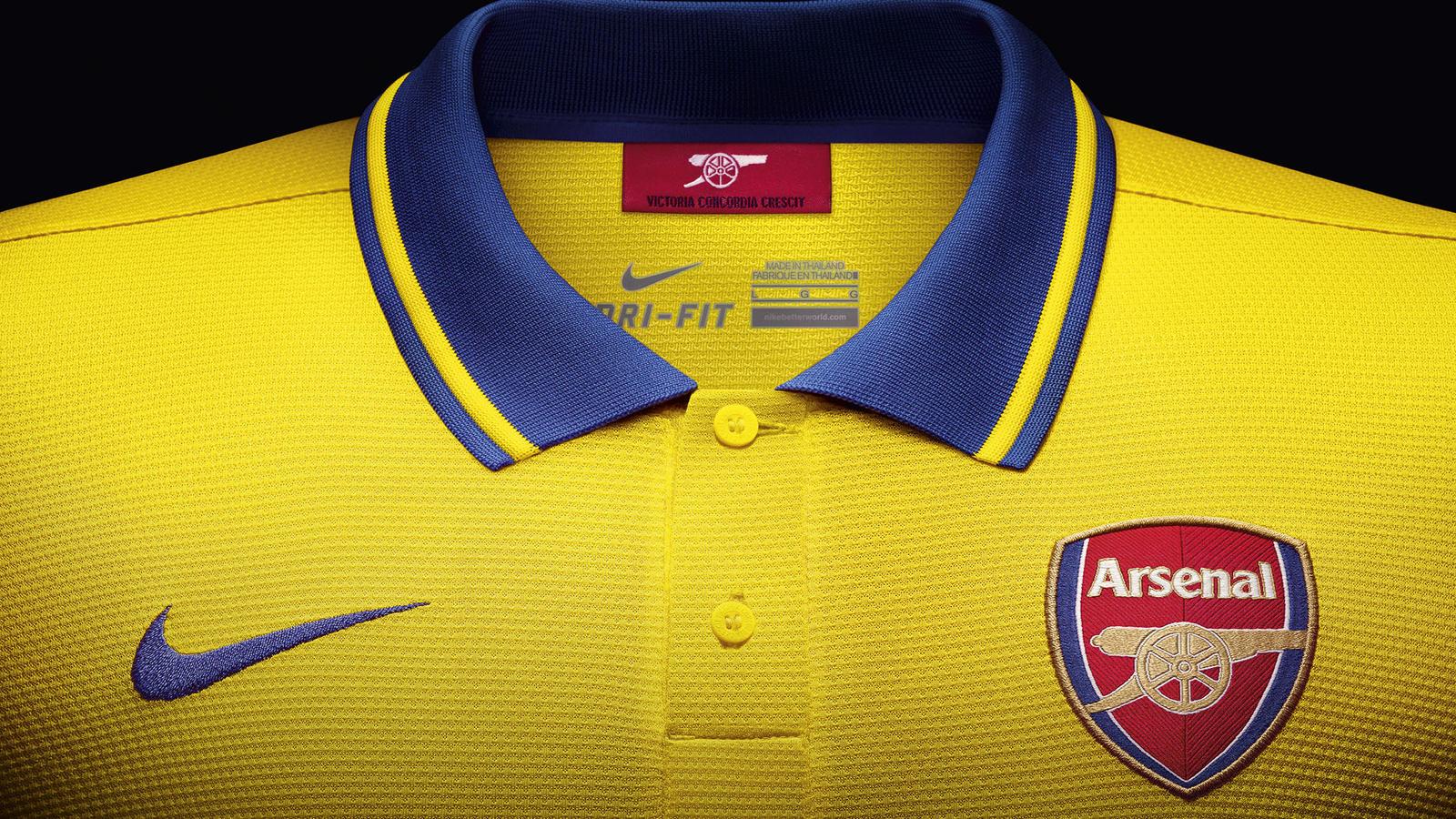 Arsenal Away Shirt 2013-14 Collar