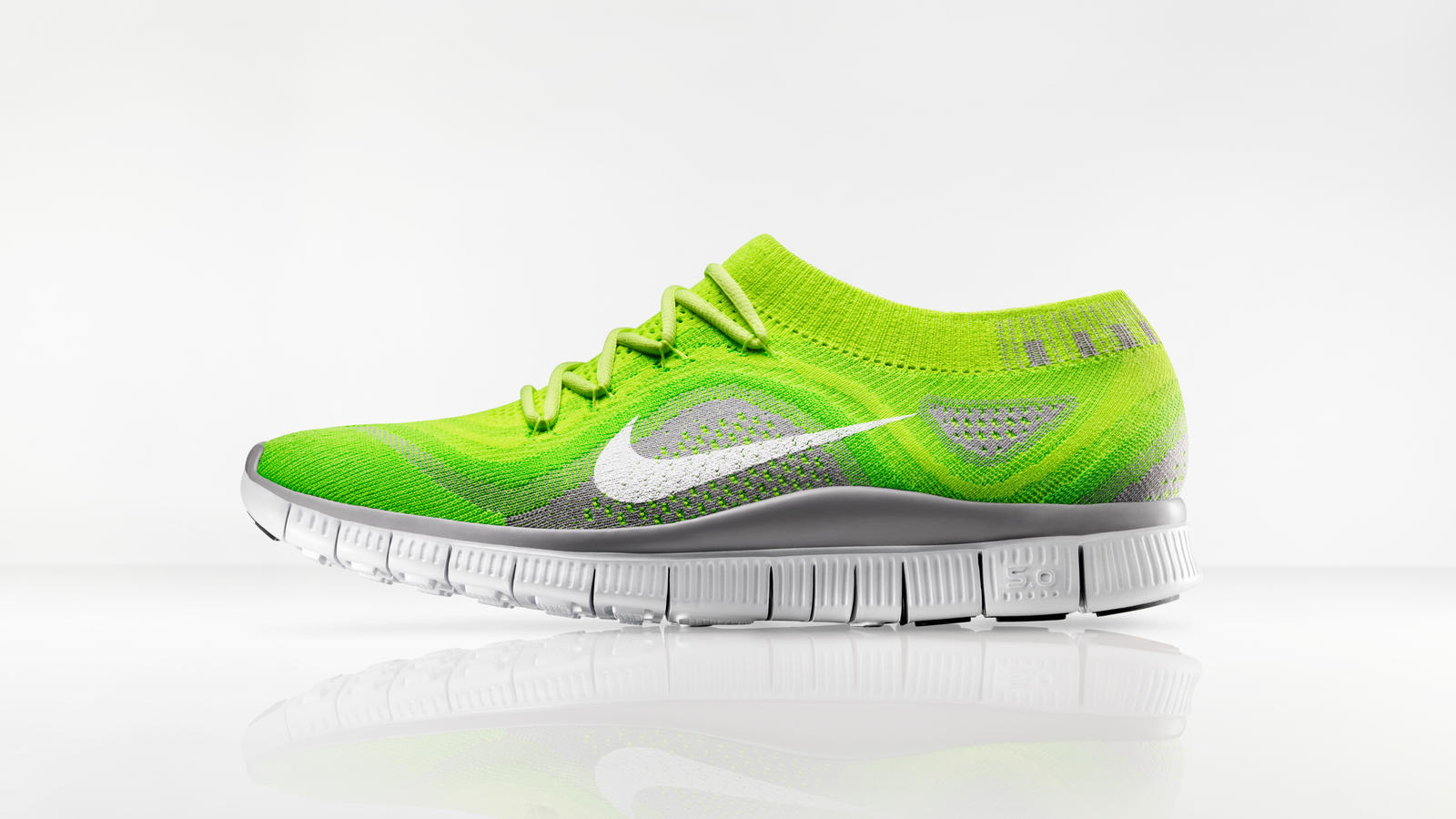 nike free flyknit Nike Free Flyknit Provides Compression Fit with Free Flexibility ...