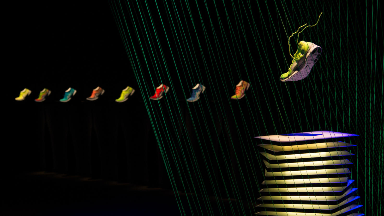 nike-free-flyknit-display-2