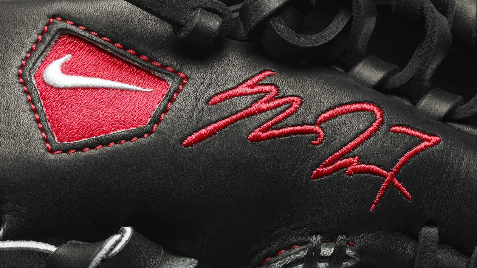 13 510  Nike Home Run Derby30026