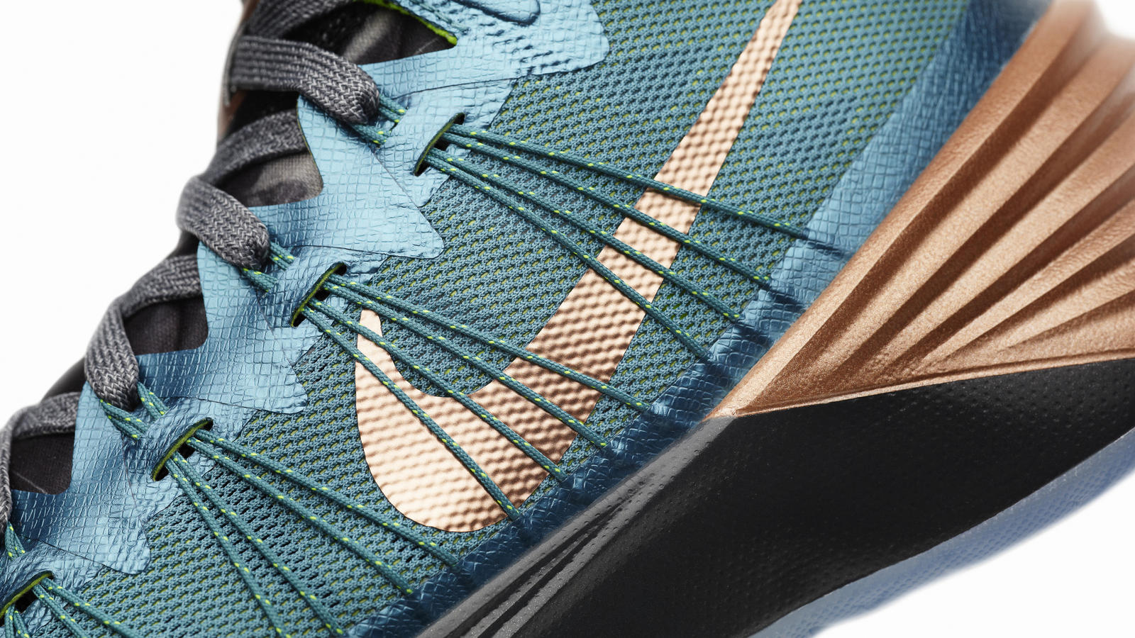 e90d2a56852 Kyrie Irving Hyperdunk 2013  Reflecting his Past and Future - Nike News