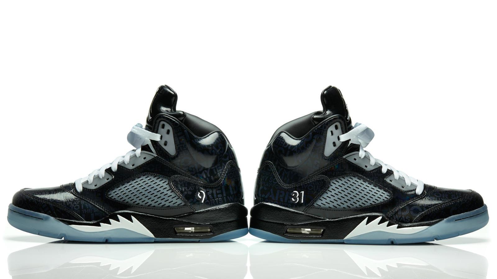 aj5_white_heel_pair