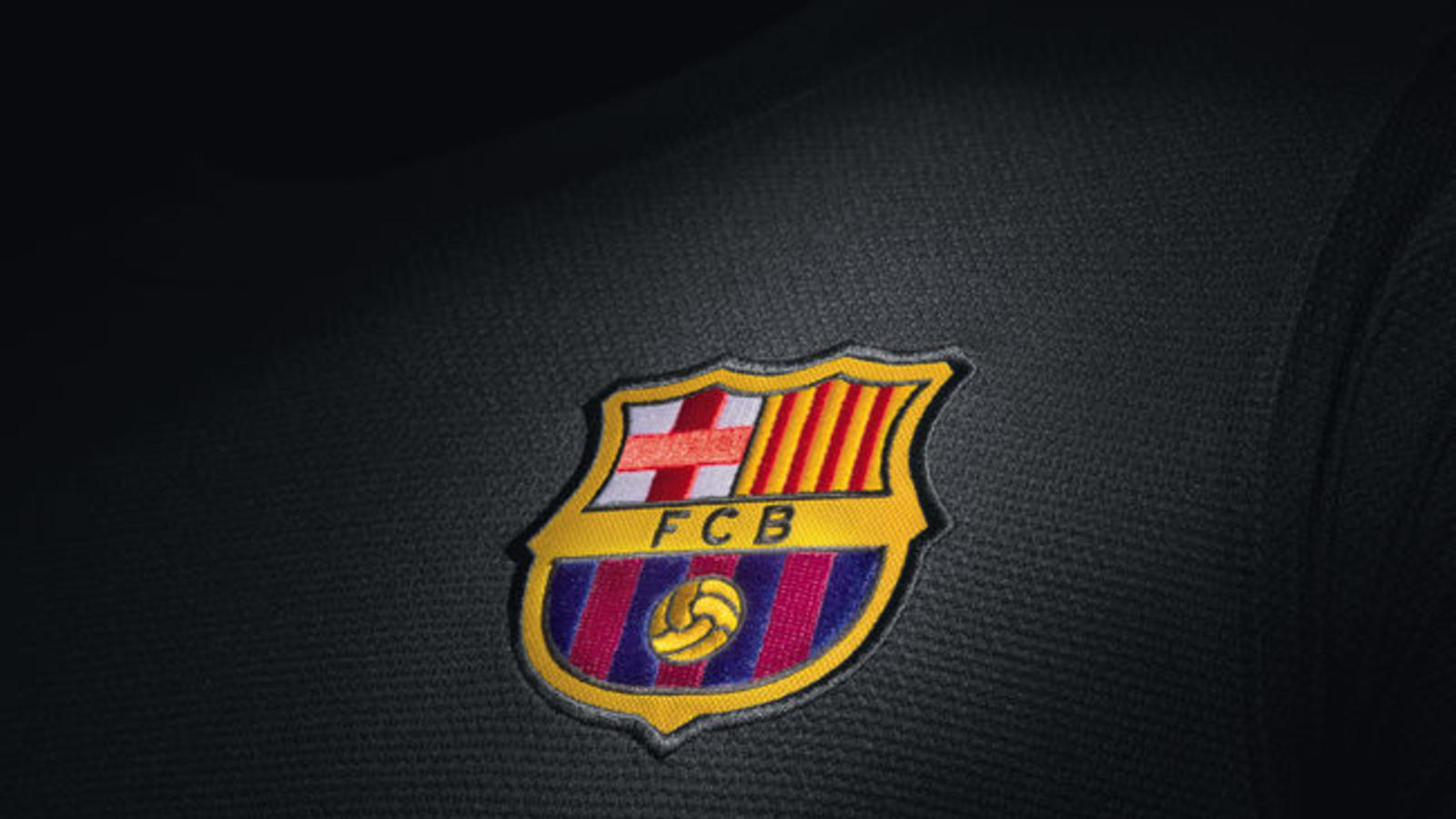 Nike Unveils FC Barcelona Third Kit for 2013–14 Season - Nike News 19d65a96e04