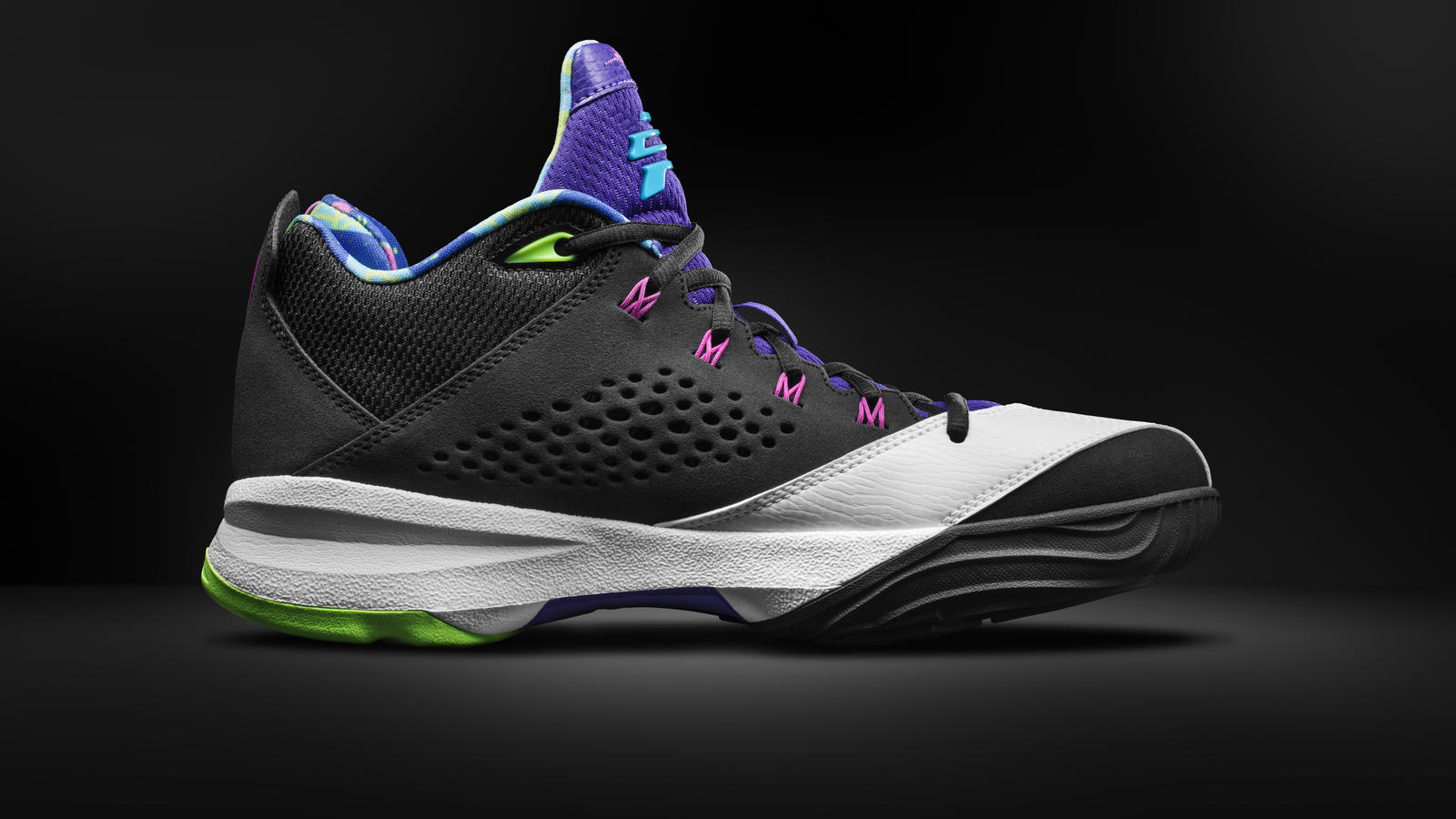 Jordan CP3.VII Black/White-Flash Lime -Medial View