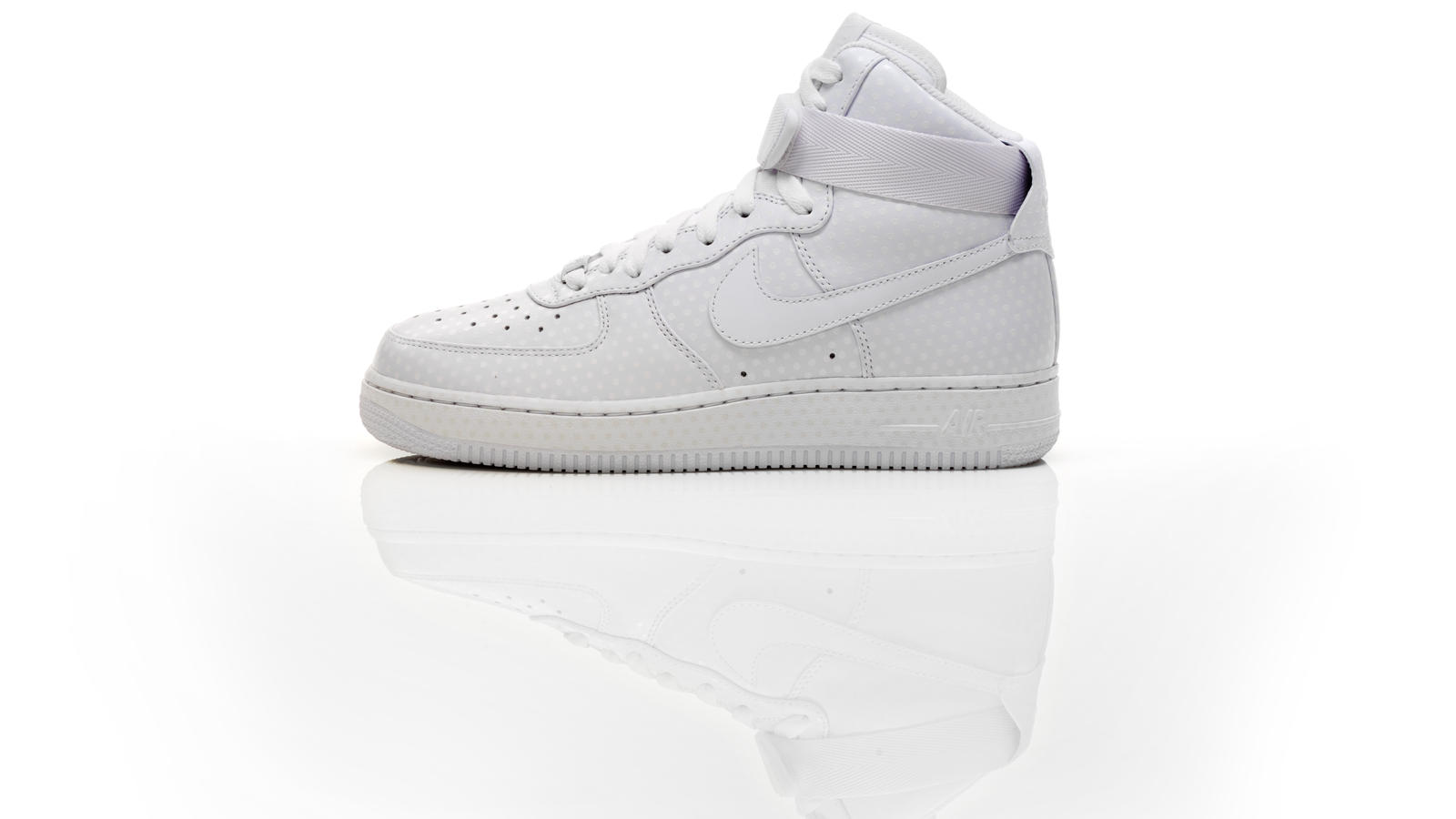 finest selection 5d62b fdfae FA HO 09 NIKE SPORTSWEAR COLLECTION