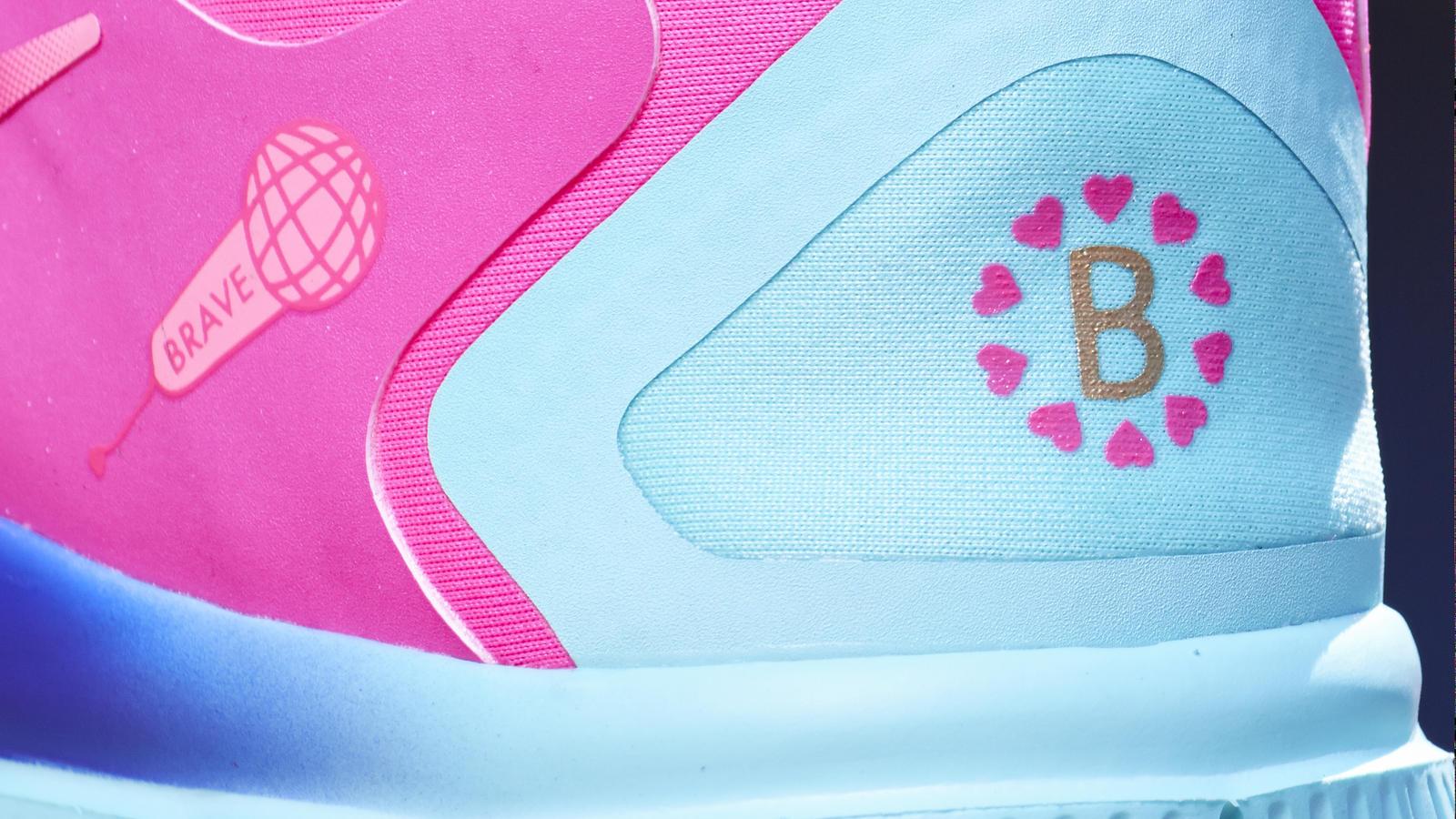 Footwear Hero 0377