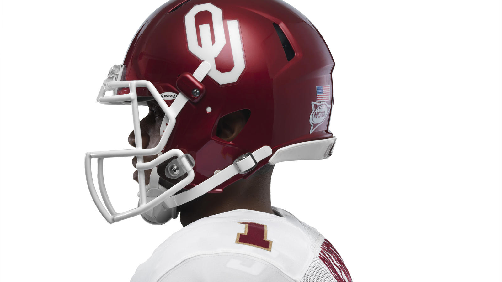ncaa_fb13_uniforms_oklahoma_helmetprofile_base_0000