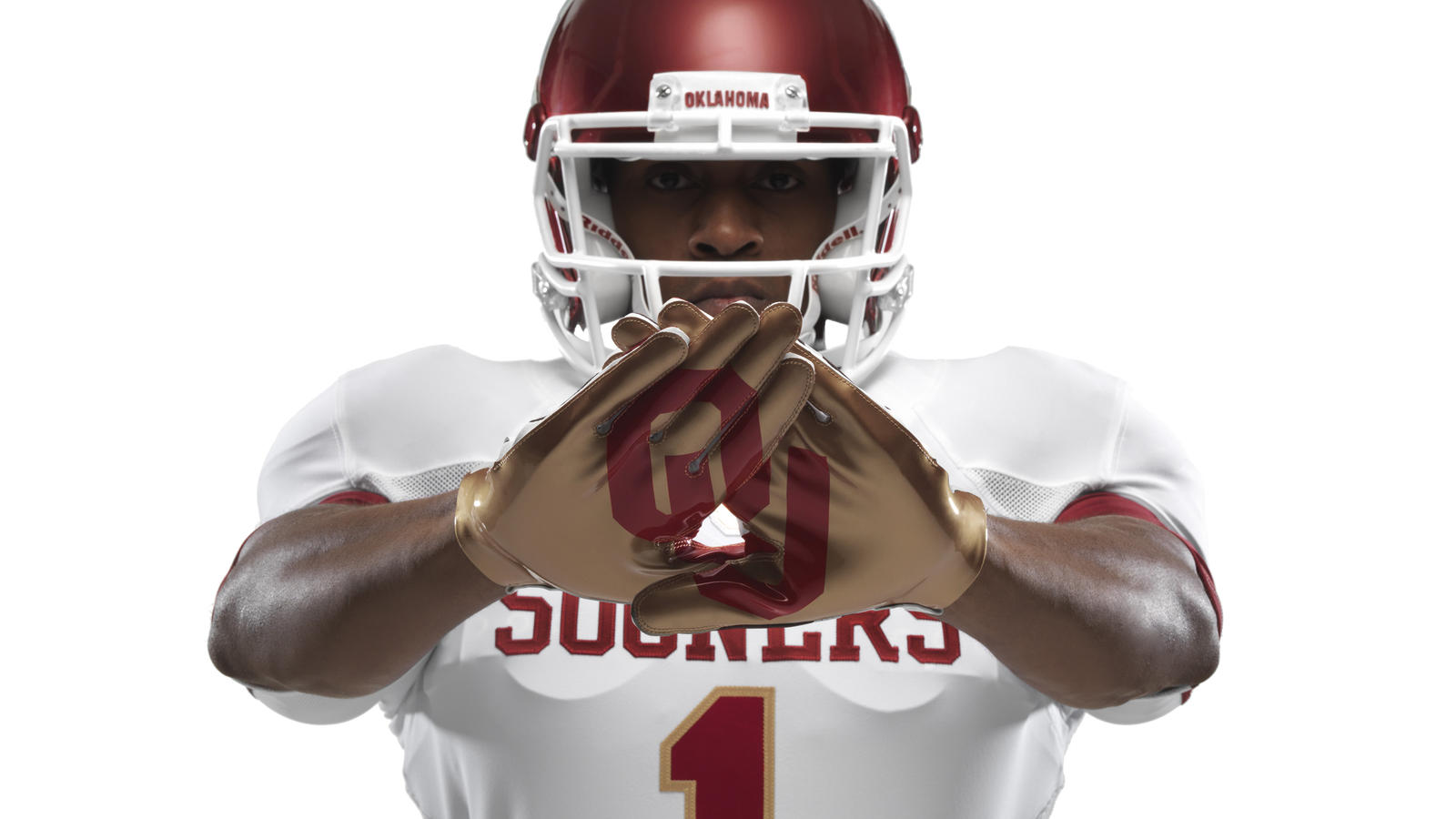 ncaa_fb13_uniforms_oklahoma_gloves_0087