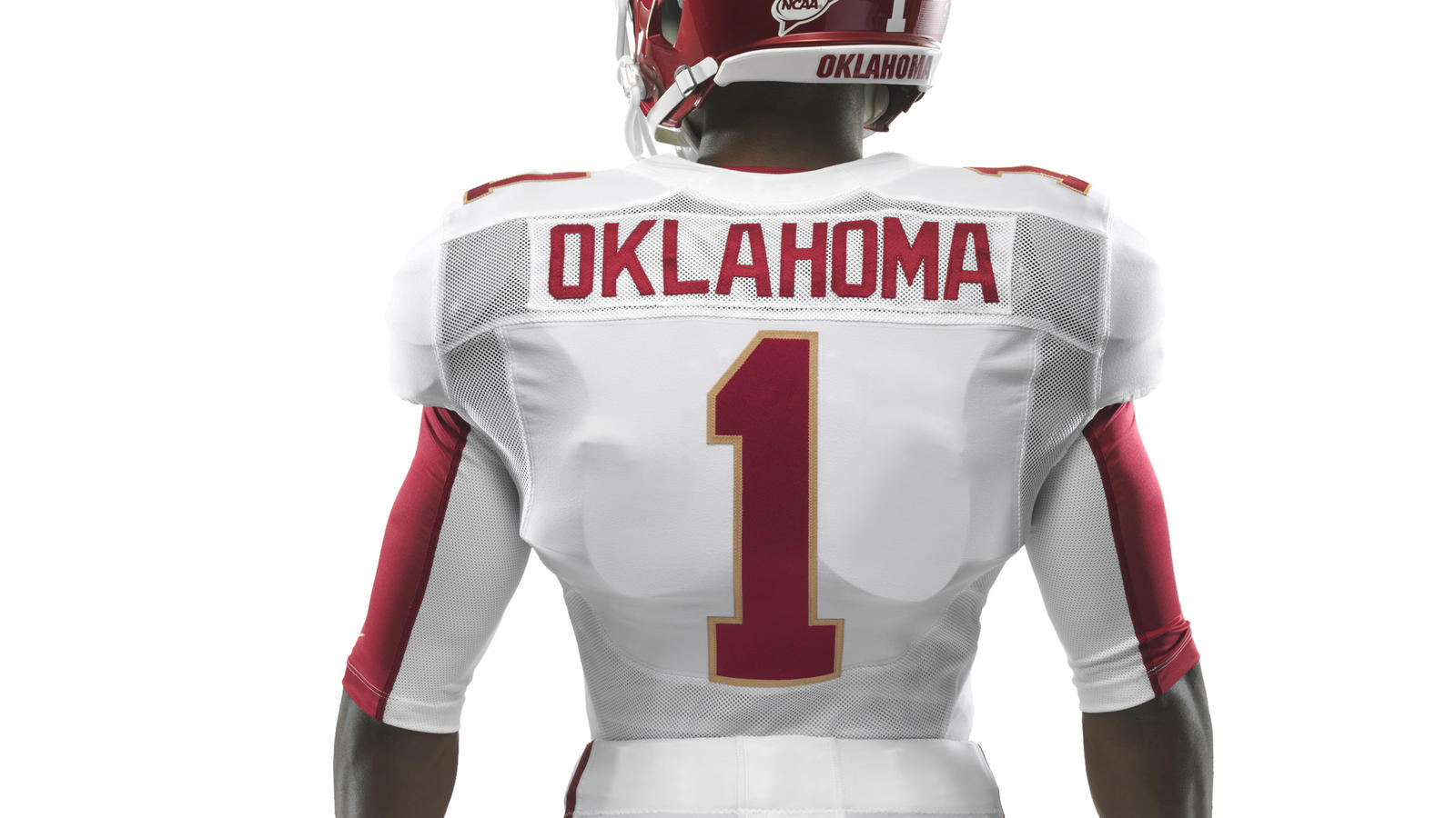 ncaa_fb13_uniforms_oklahoma_waisttohelmet_base_0000