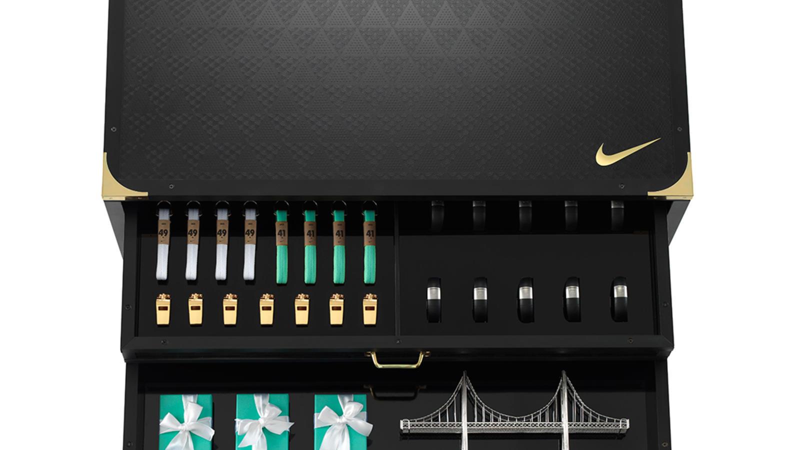 Nike Womens Trunk Detail 2