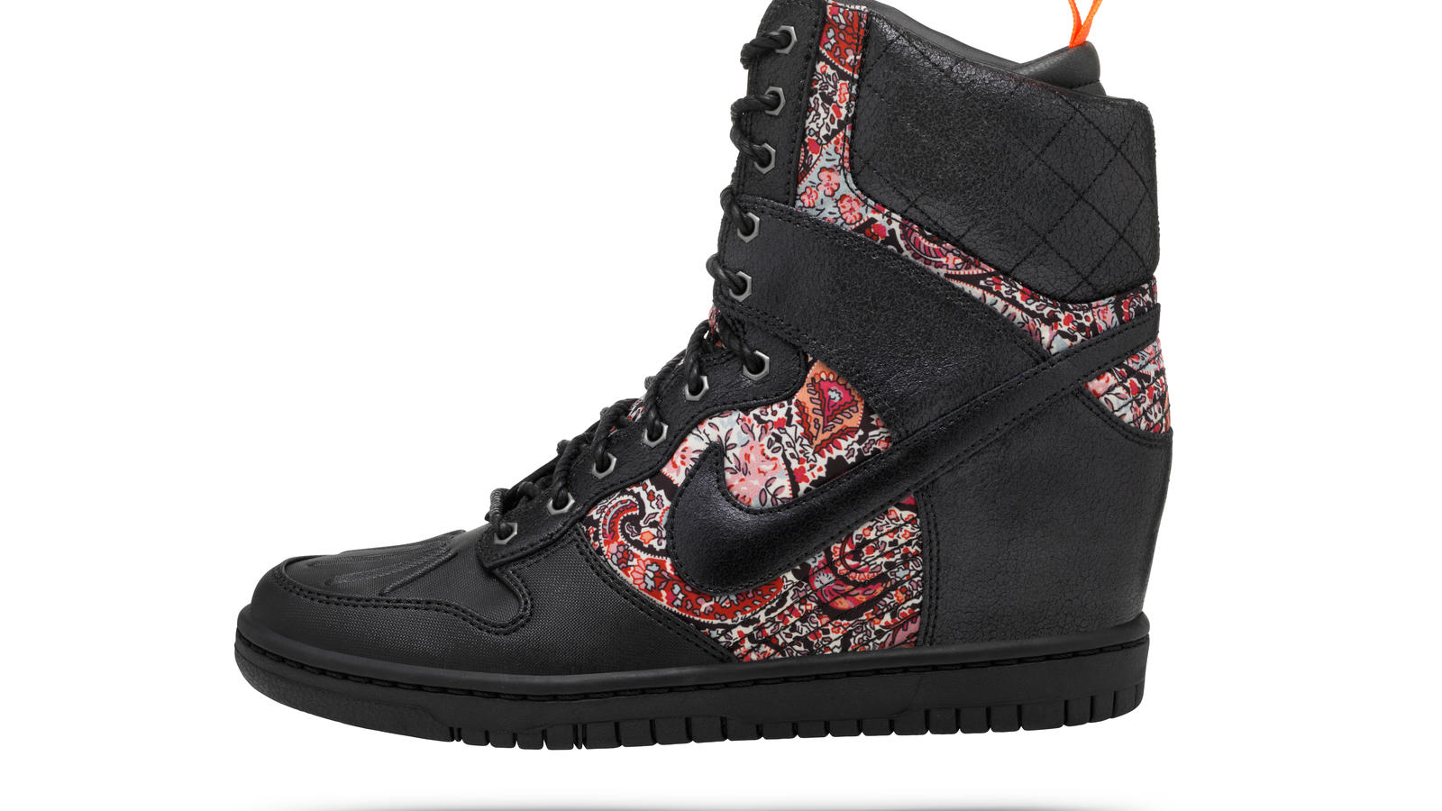 nike_dunk_sky_hi_sneakerboot_03