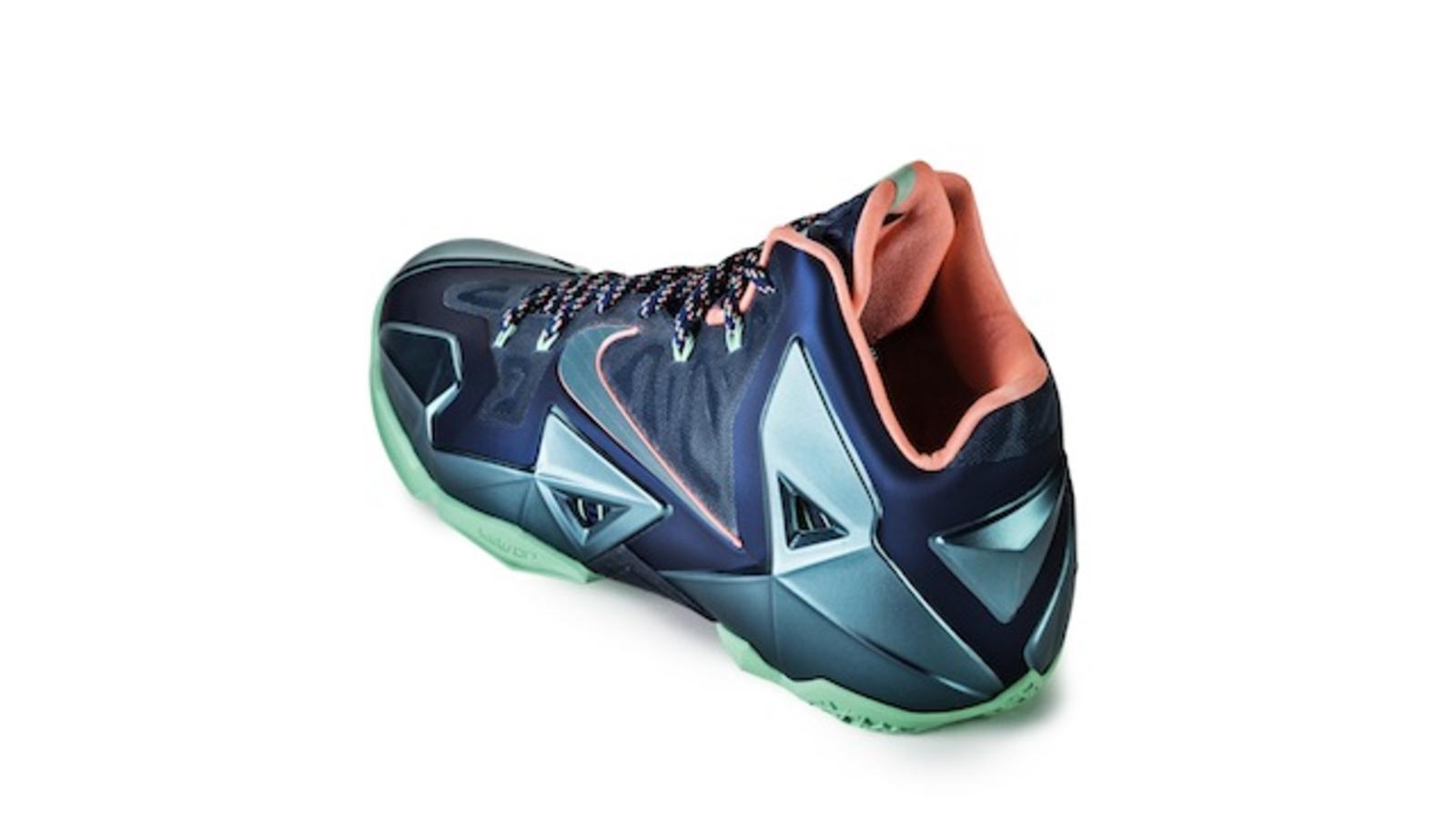 75580ec1041d LEBRON 11  Akron vs. Miami   Miami Nights - Nike News