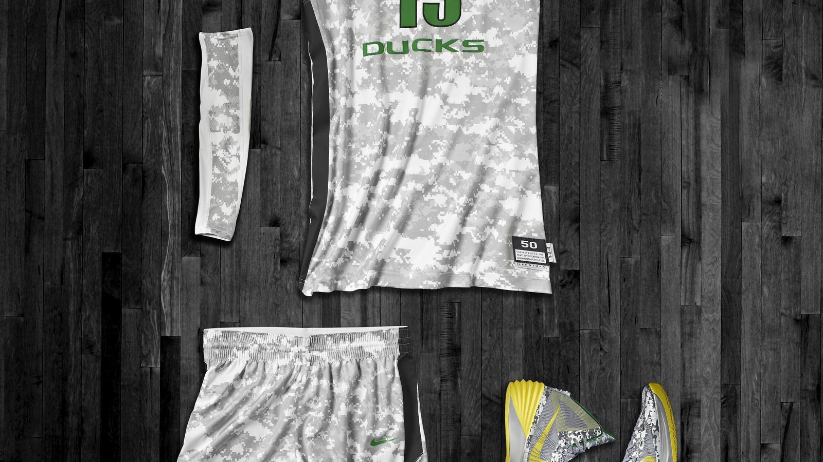Oregon Hyper Elite Uniform and Hyperdunk for Armed Forces Classic