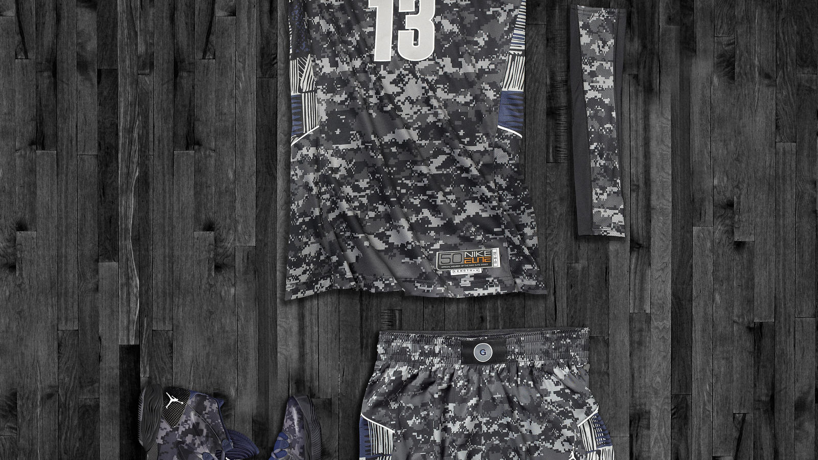 Georgetown Hyper Elite Uniform and Air Jordan XX8 SE for Armed Forces Classic