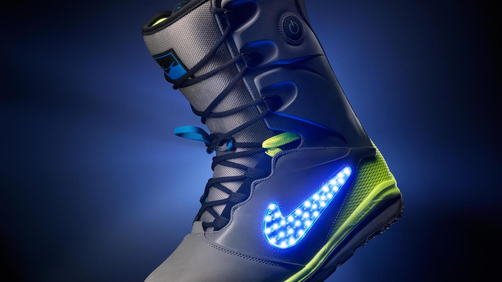 najlepsza obsługa całkiem fajne najlepsza wartość Cleared For Take Off: Nike Snowboarding's LunarENDOR QS ...