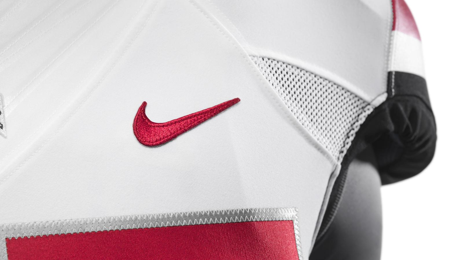 ncaa_fb13_uniforms_ohio_swoosh_top_0047