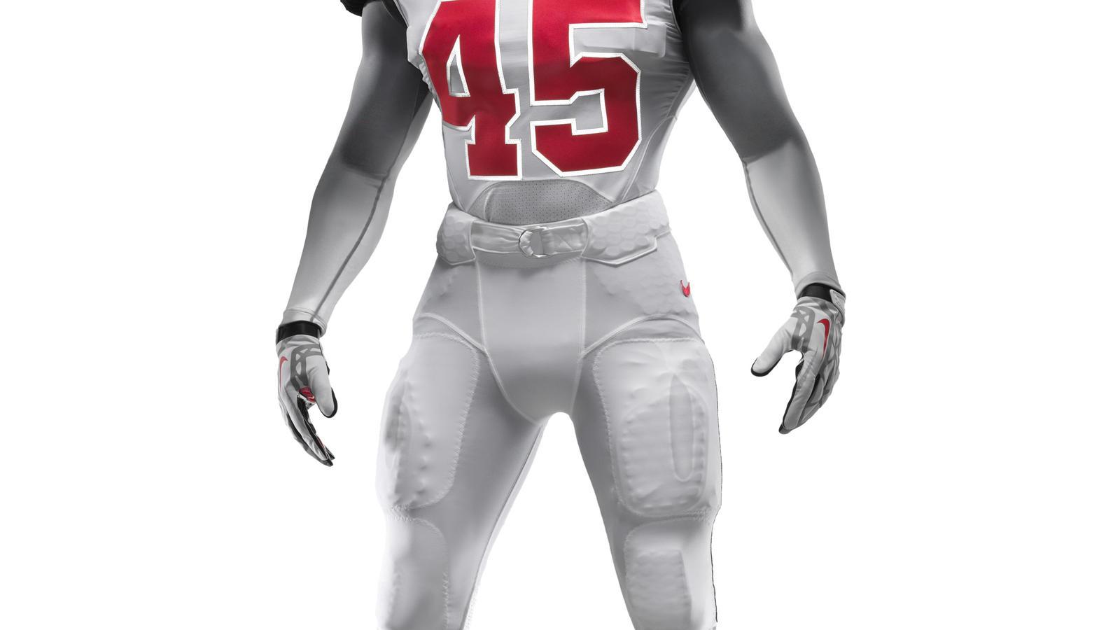 ncaa_fb13_uniforms_ohio_full_uniform_front_0039
