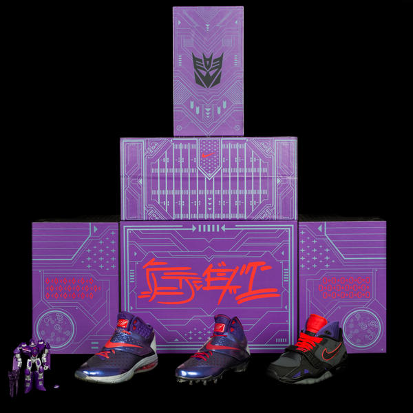 megatron_purplebox_trio_figure
