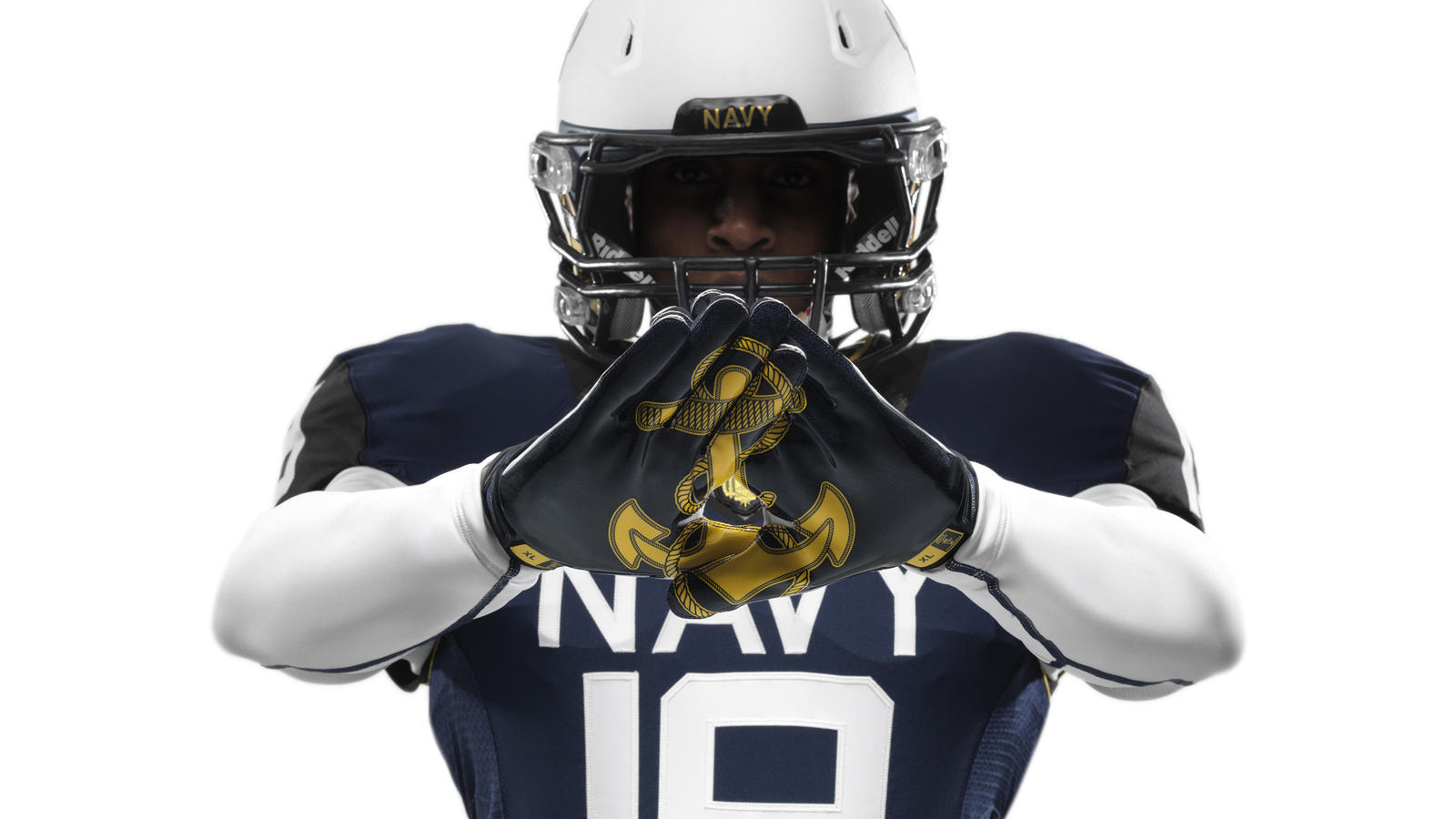 ncaa_fb13_uniforms_navy_gloves_0044
