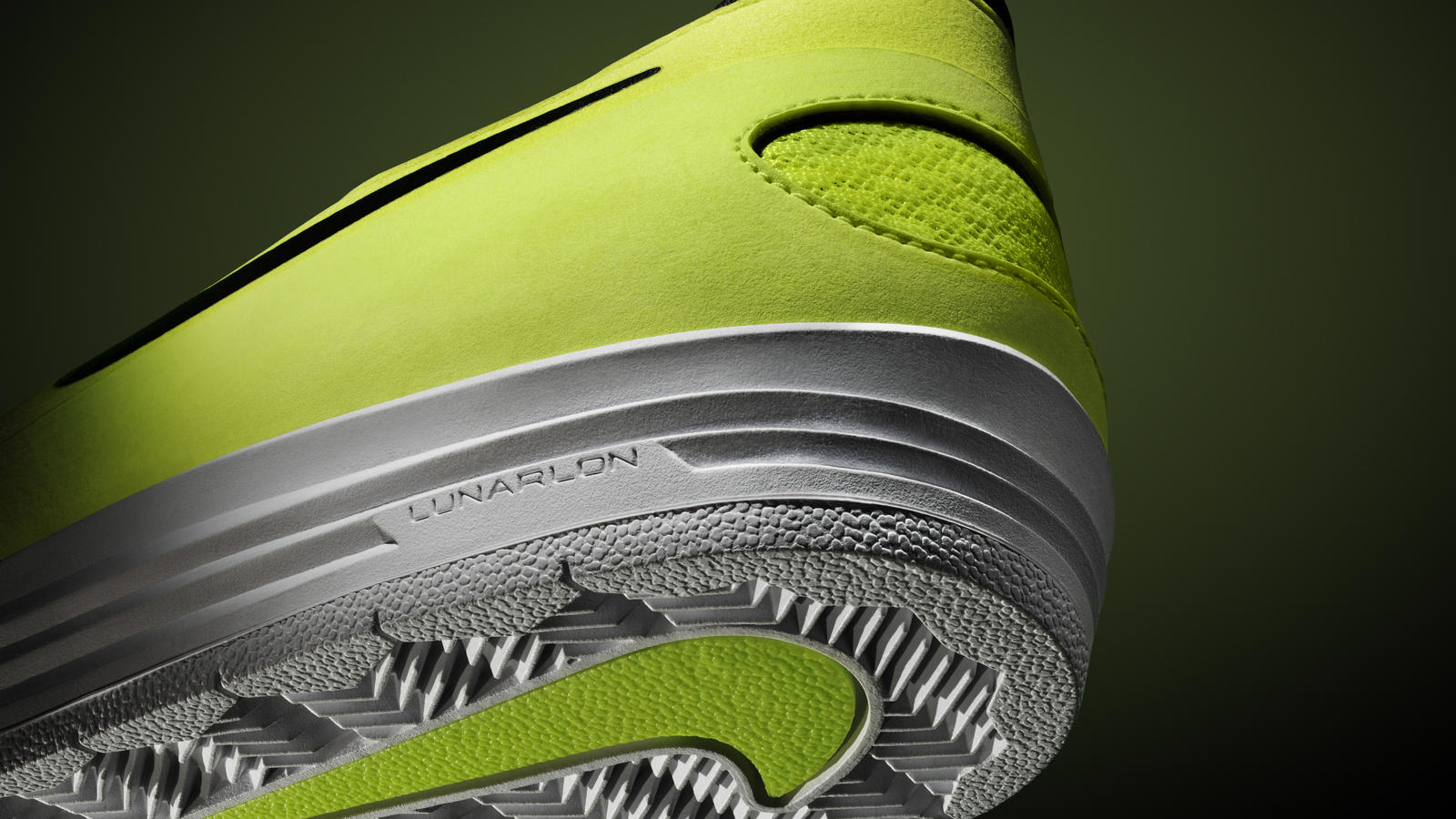 nike-sb-one-shot_heel-volt-green
