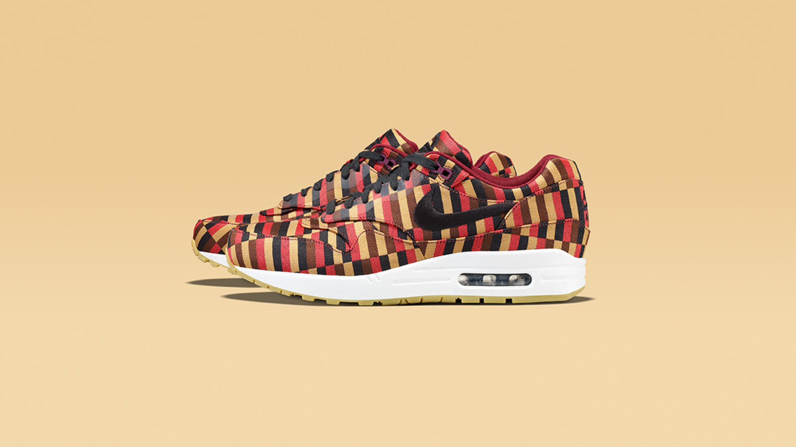 air_max_1_blk_pom_profile-15918_lo