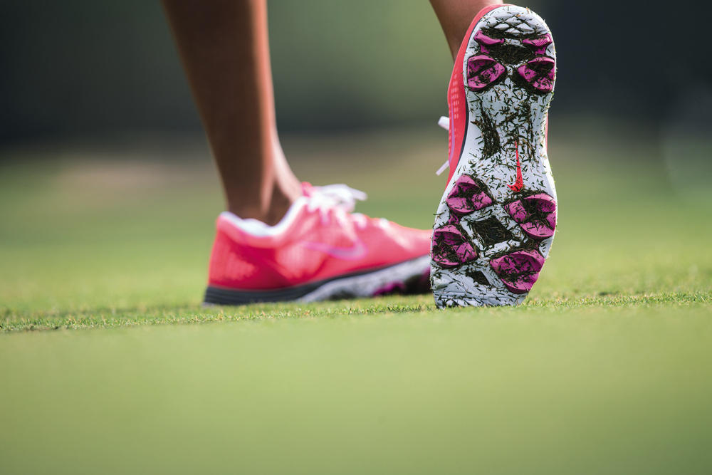Nike Lunar Empress Golf Shoe: Engineered Support in a Sleek and Sporty Design